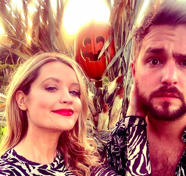 Image of  Iain is dating Irish Presenter Laura Whitmore