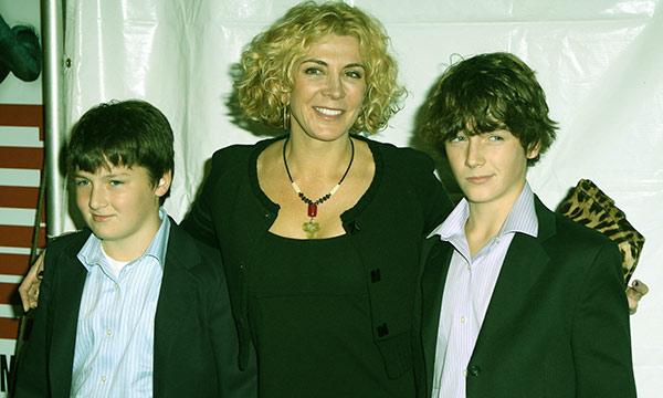 Image of Natasha Richardson with her two sons.