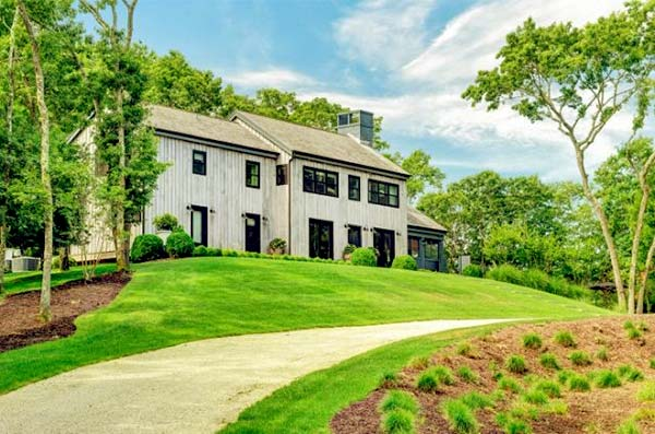 Image of Ellen Pompeo's farmhouse for sale