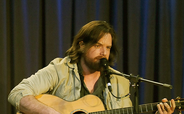 Image of American singer, Rob Giles