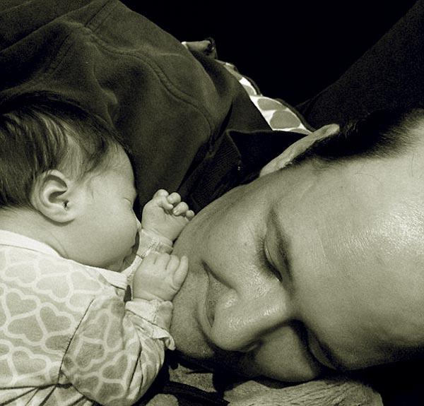 Image of Brian Baumgartner with his baby Brylee Bea Baumgartner