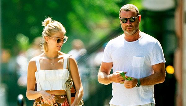 Image of Taylor Neisen with Liev Schreiber