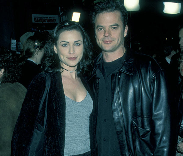 Image of Rena Sofer with her first husband Wally Kurth