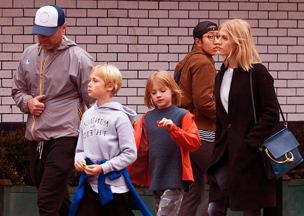 Image of Taylor Neisen with Liev and with their children Alexander Pete and Samuel Kai
