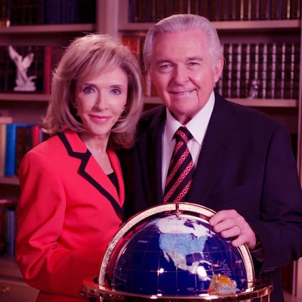 Image of Caption: Rexella Van Impe with husband, Jack Van Impe