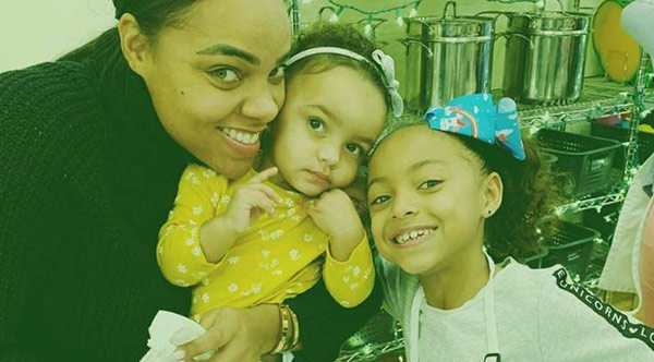 Image of Caption: Avielle Janelle Hernandez with her mother and step-sister